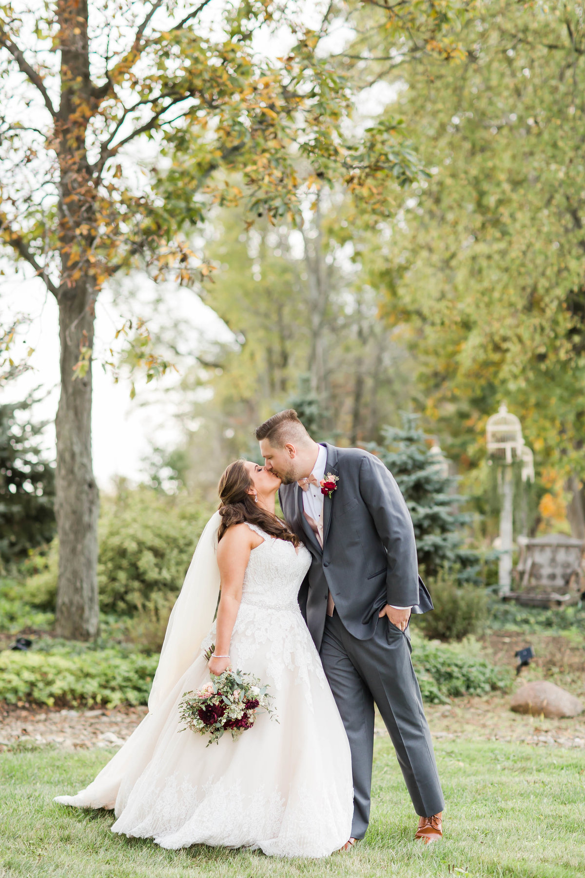 peacock-ridge-fall-wedding-loren-jackson-photography-77