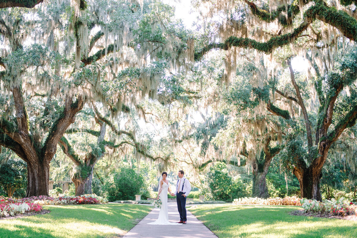 Brookgreen Gardens Wedding Pictures by Top Pawleys Island Wedding Photographer-23