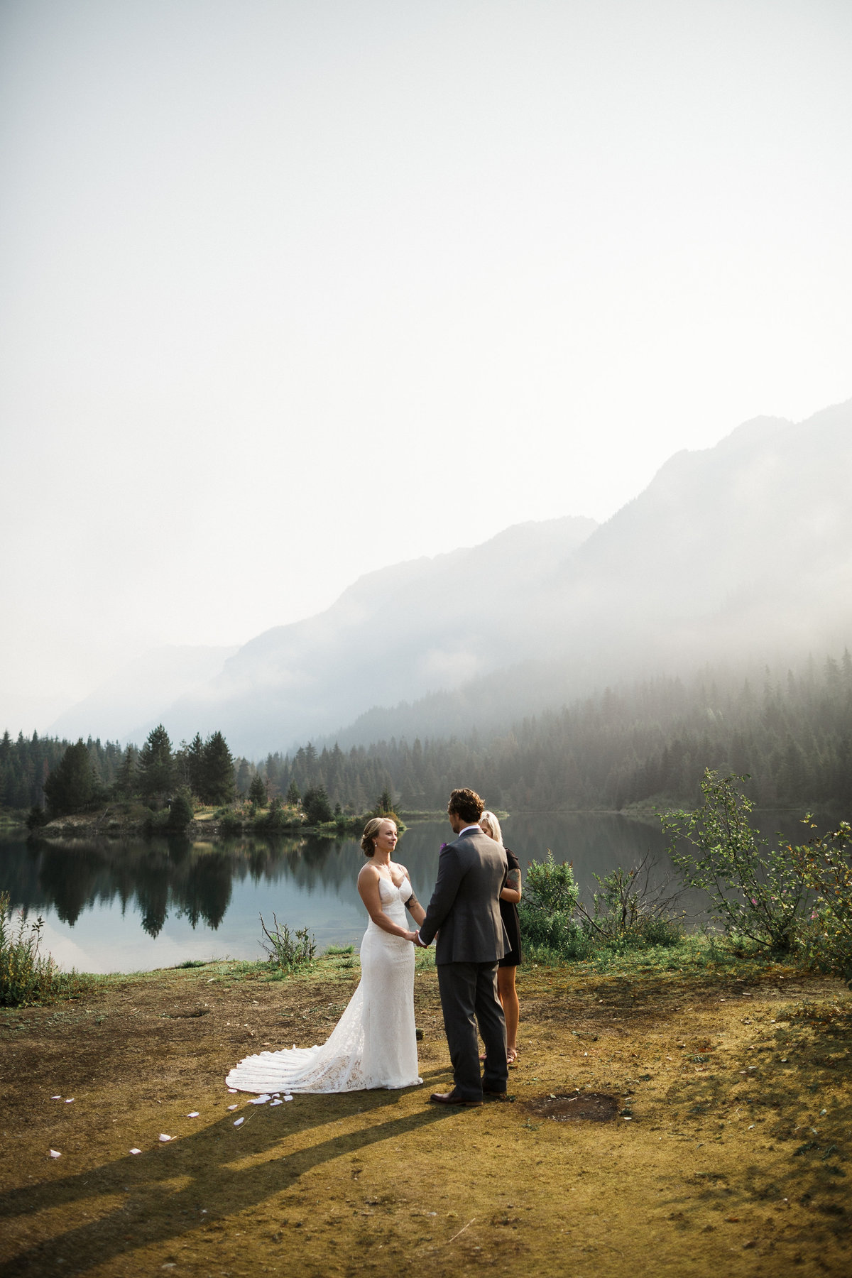 Snoqualmie-Pass-Elopement-Gold-Creek-Pond-59