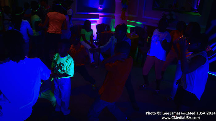 Sparkling Events Designs - Neon Dance Birthday Party - Blacklight