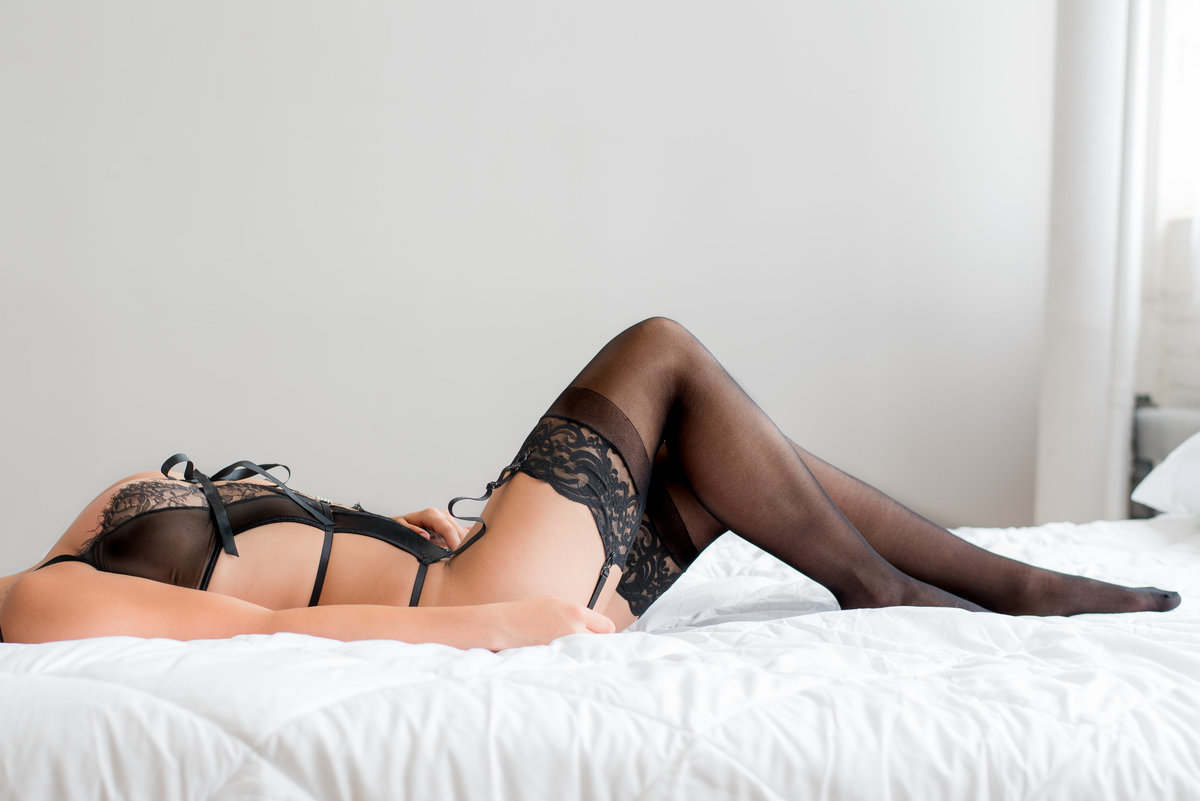 Boudoir Photographer Cait Potter Creative LLC-1