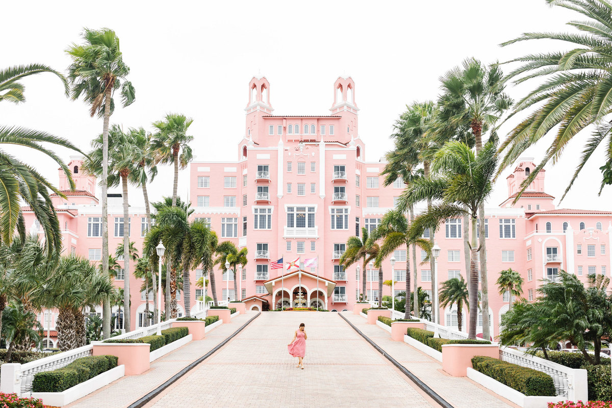 The-Don-CeSar-Wedding-Pink-Bride-St-Pete-Florida