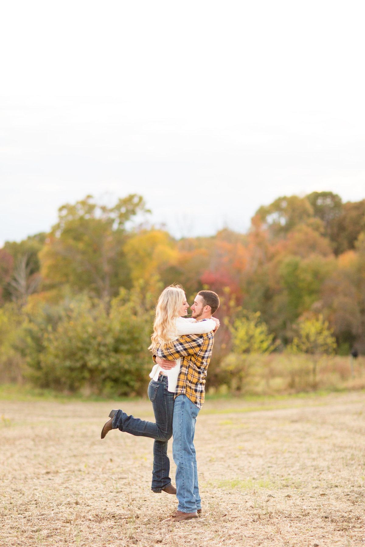 Virginia engagement photography by Marie Hamilton Photography