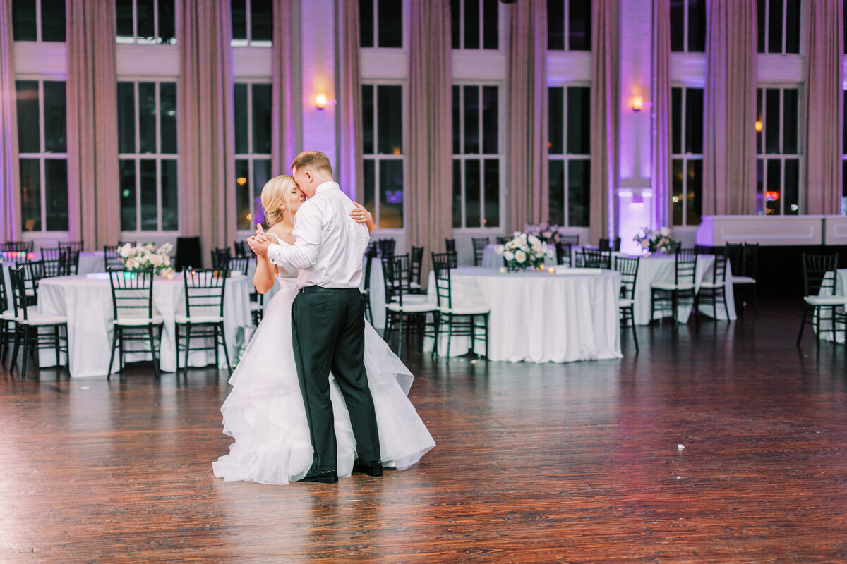Classic Dallas Wedding at the Room on Main (39)