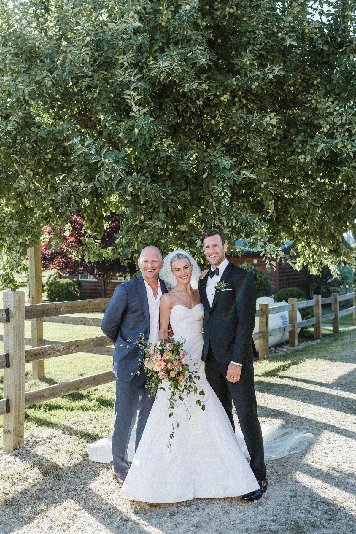 Julianne Hough Wedding Dress.Julianne And Brooks Page