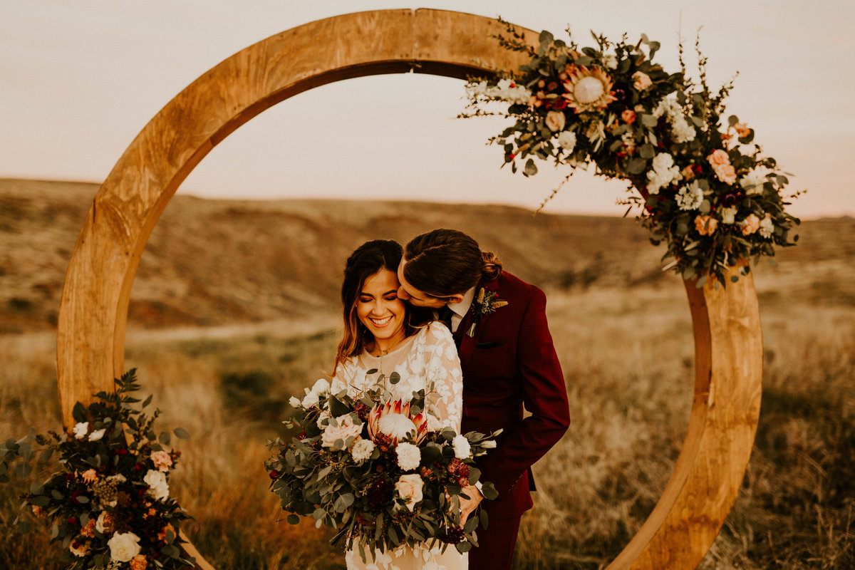 Sunset Point Styled Elopement | Allison Slater Photography48