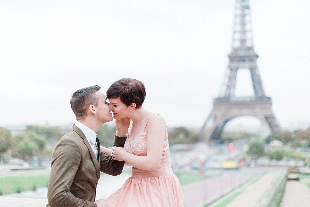 Fall Paris anniversary session at the Eiffel Tower photographed by Alicia Yarrish