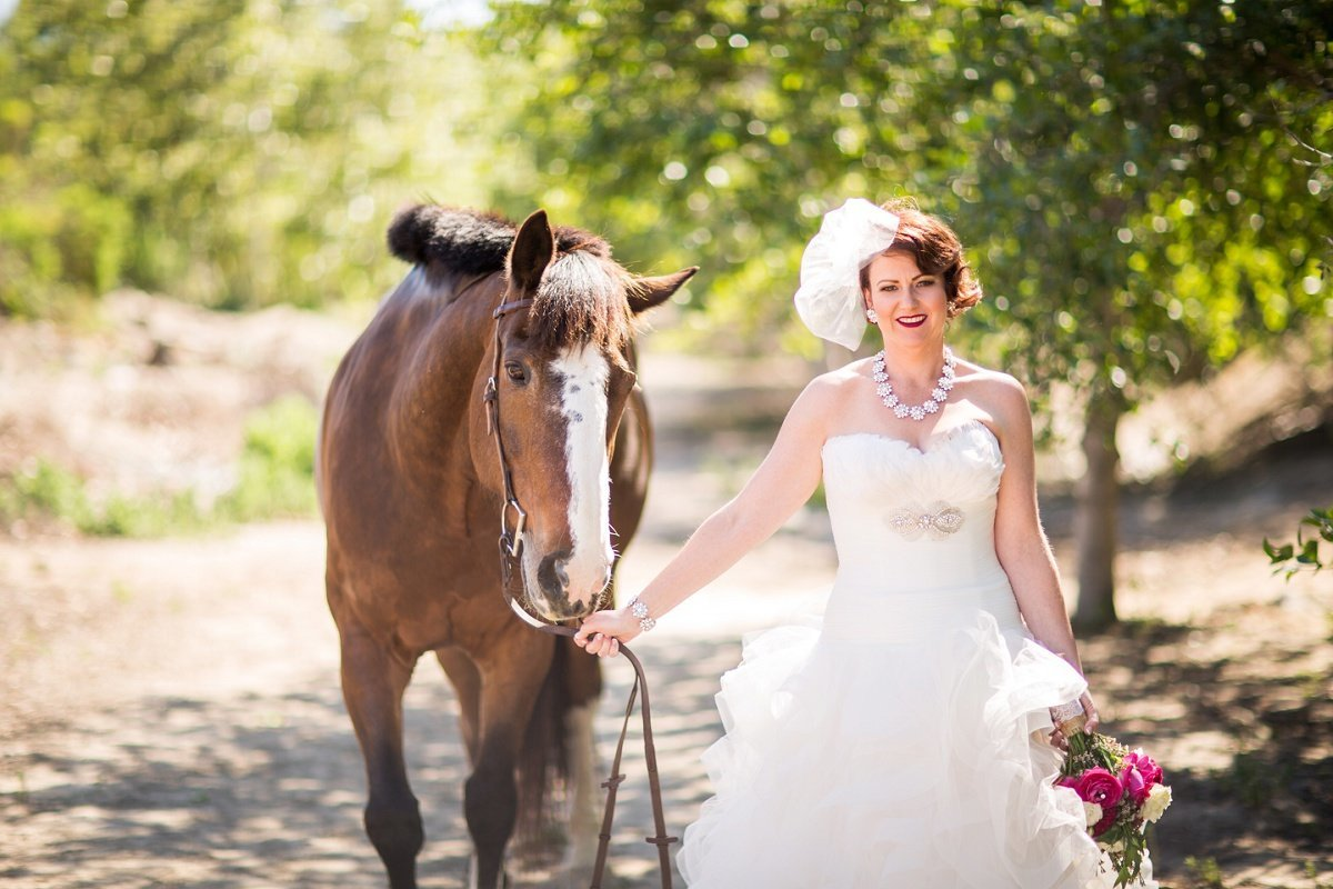 Orange-County-Wedding-Photographer-Los-Angeles-Wedding-Photography-bridal-portraits-red horse barn