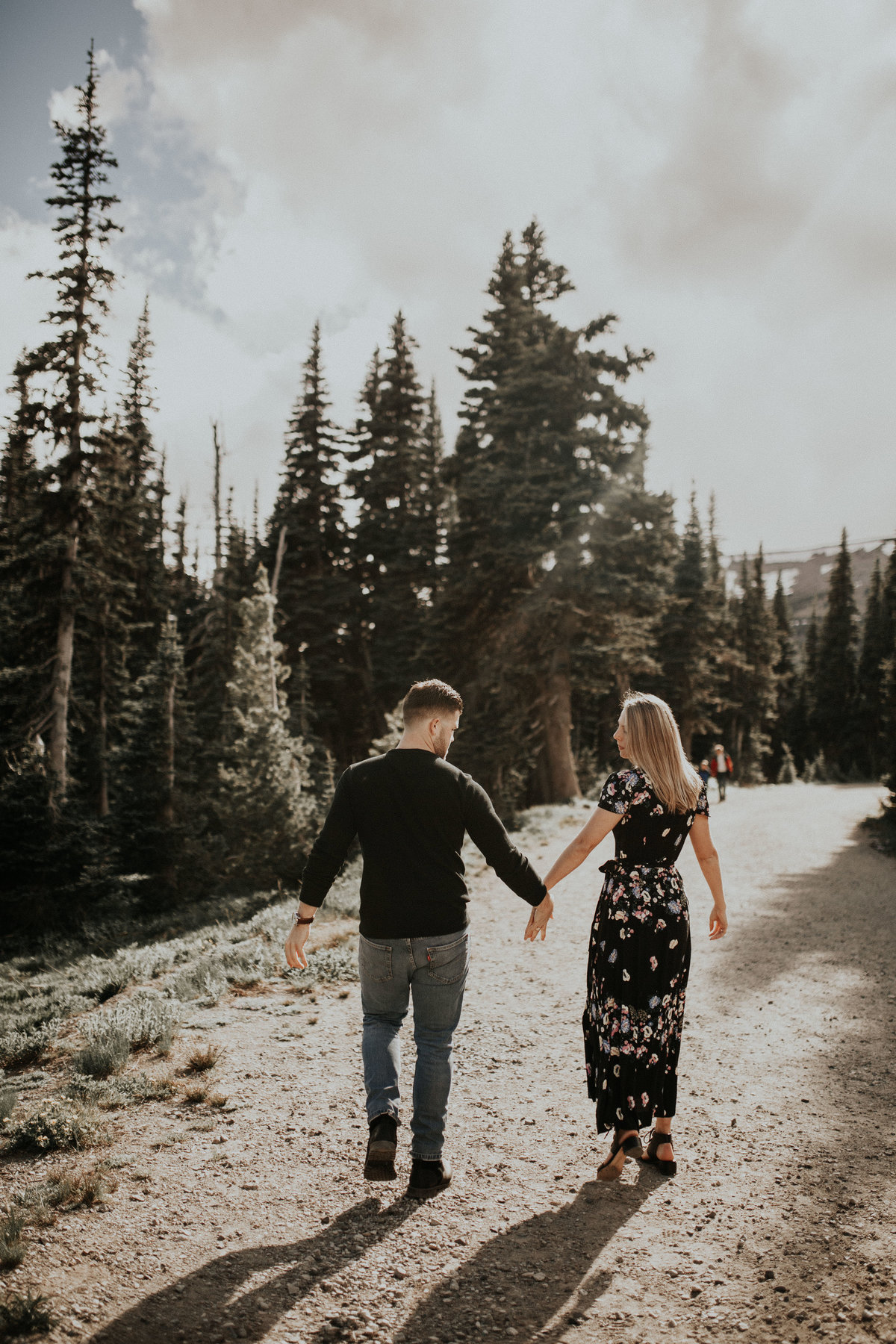 Marnie_Cornell_Photography_Engagement_Mount_Rainier_RK-18