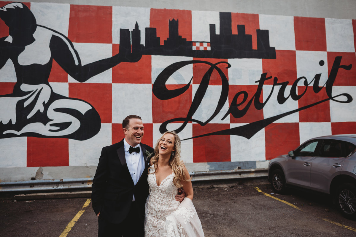 downtown-detroit-wedding-pictures-city-wedding-pictures-detroit-wedding-photographer-girl-with-the-tattoos-wedding-photographer-michigan-wedding-photographer