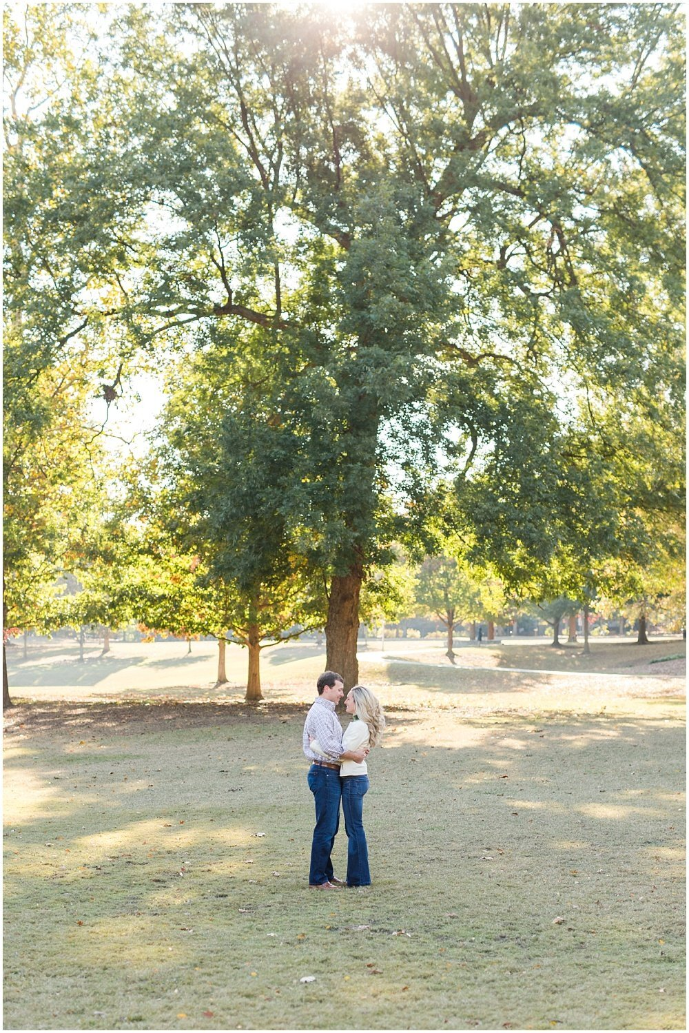 atlanta-georgia-wedding-photographer-piedmont-park-engagement-laura-barnes-photo-andrews-25