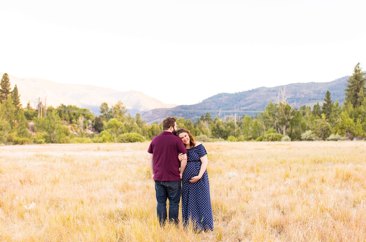 Ashley&JoelMaternitySession2020-34