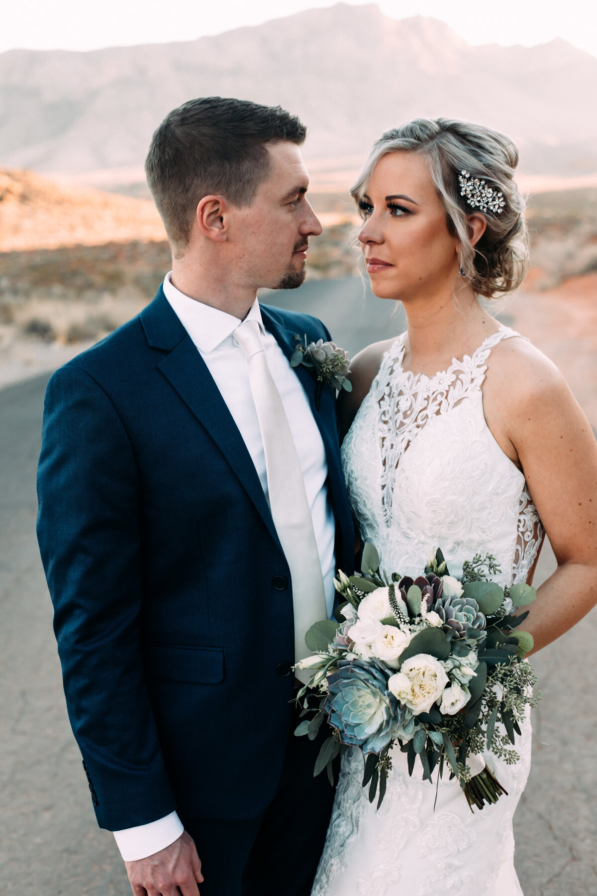 Heather+Ivan|AshlynSavannahPhoto|ValleyofFireElopement-103