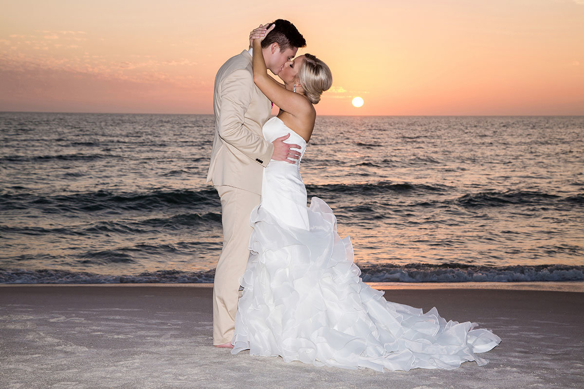 ritz carlton naples florida sunset wedding photo