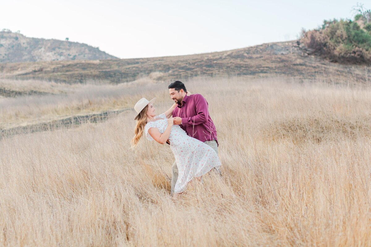 blog-Malibu-State-Creek-Park-Engagament-Shoot-boho-0081