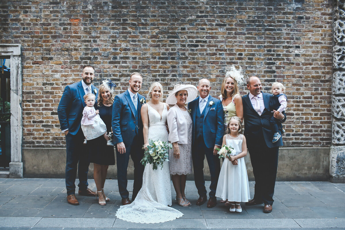 DEVONSHIRE-TERRACE-LONDON-WEDDING-PHOTOGRAPHER-0038
