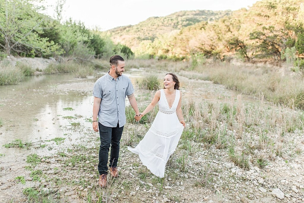 Spring Hill Country Engagement session with kid in Medina Texas_0016