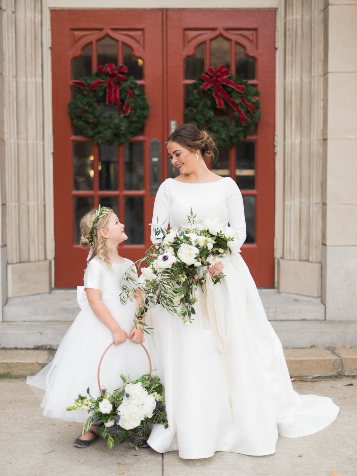 Courtney Hanson Photography - Festive Holiday Wedding in Dallas at Hickory Street Annex-3841