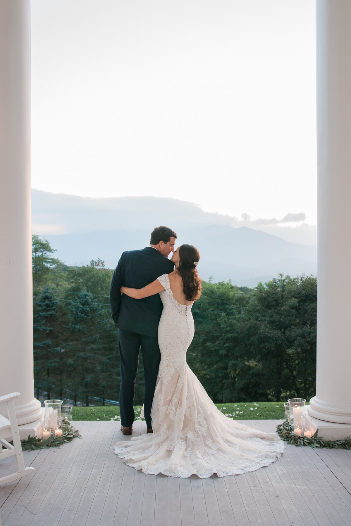 Destination wedding ceremony photographed at Westglow Resort by Boone Photographer Wayfaring Wanderer. Westglow is a gorgeous venue in Blowing Rock, NC.