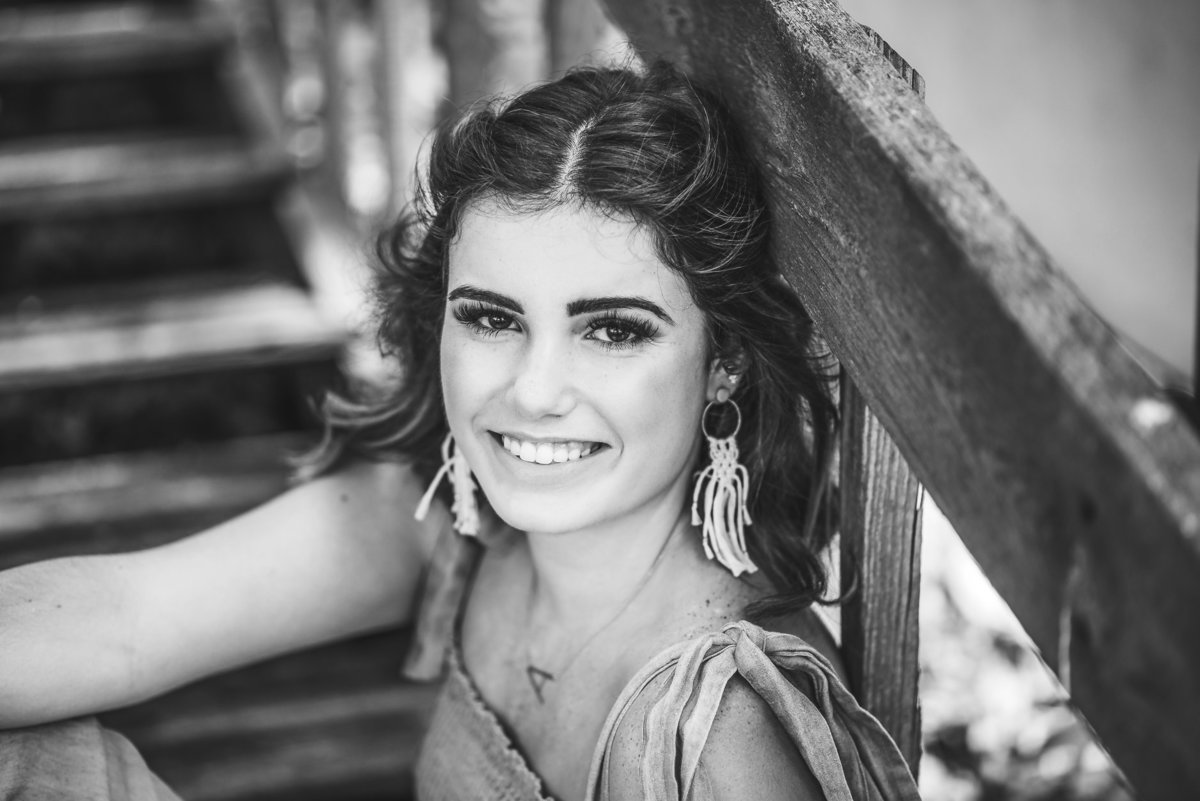 Senior Session on Stairs in Black and WHite