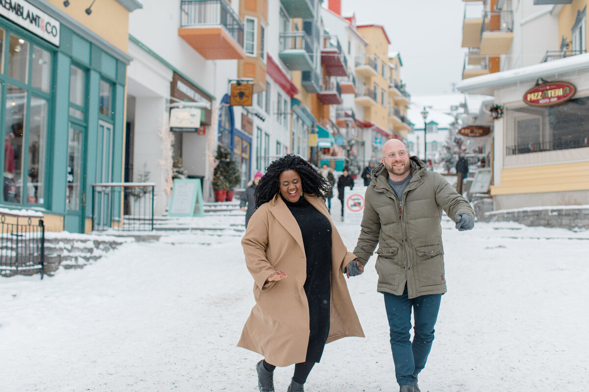 tremblant-winter-mountainside-engagement-session-grey-loft-studio-tremblant-village-60