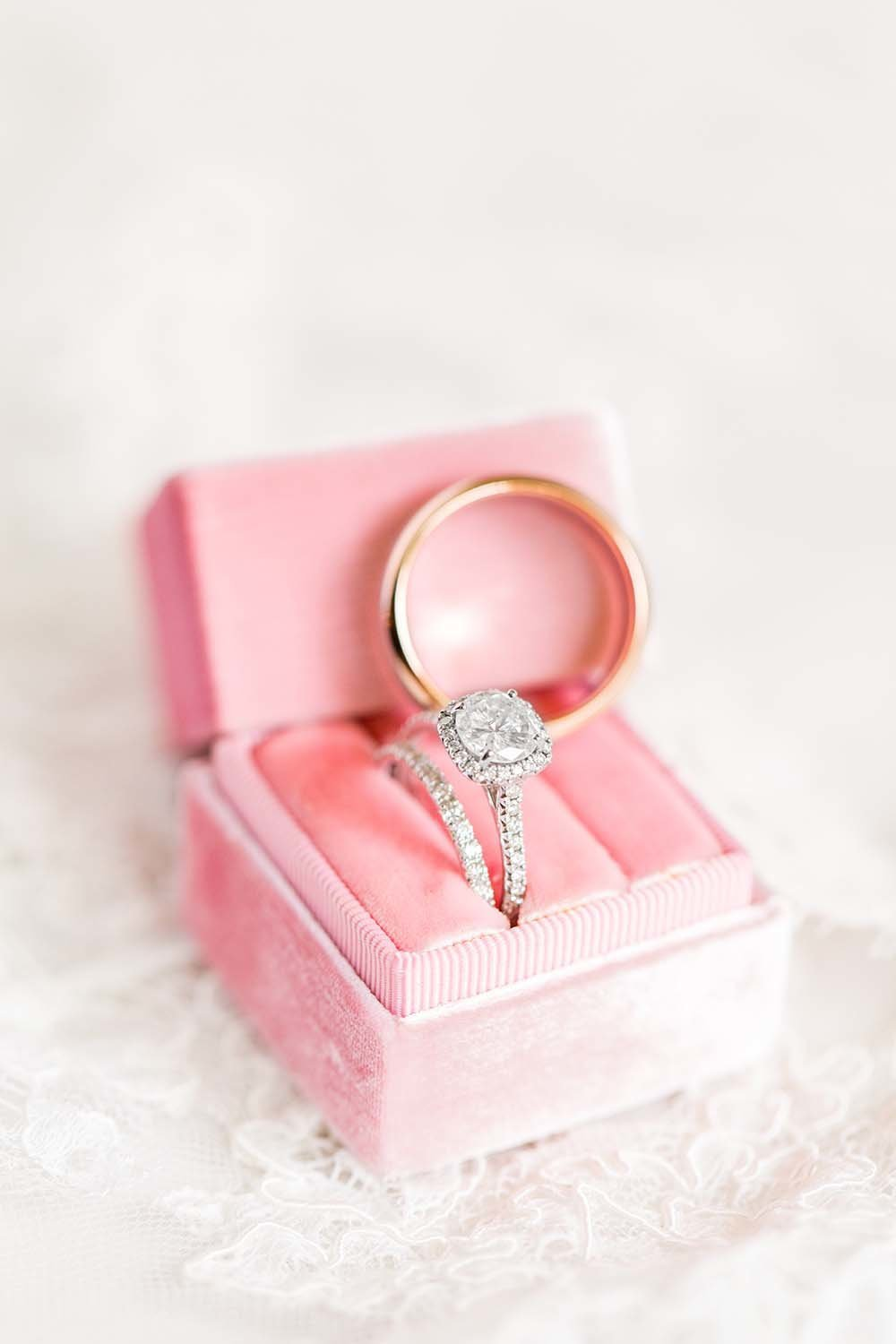 Hannah-Barlow-Photography-Wedding-Ring-Detail-Photo