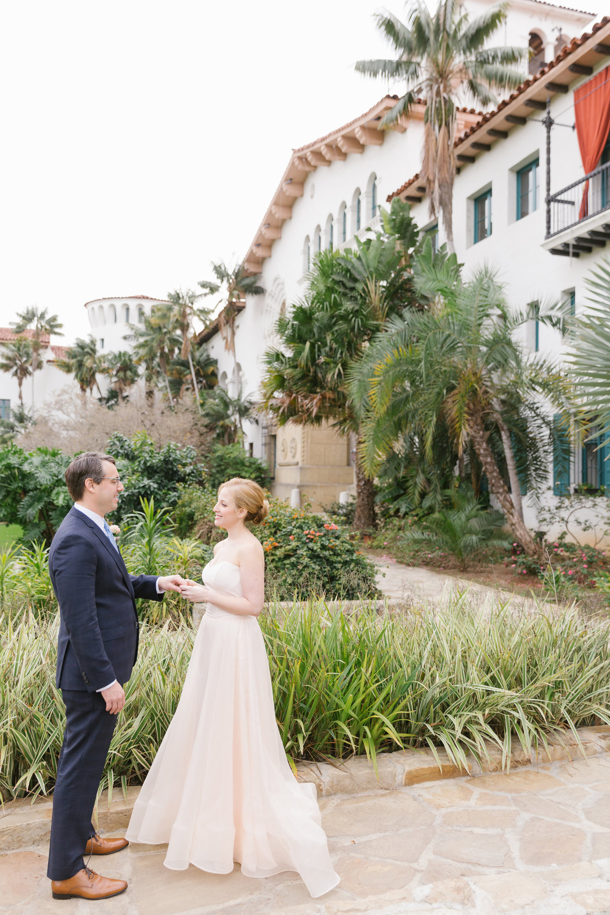 Intimate-Romantic-Santa-Barbara-Wedding-Venue-12