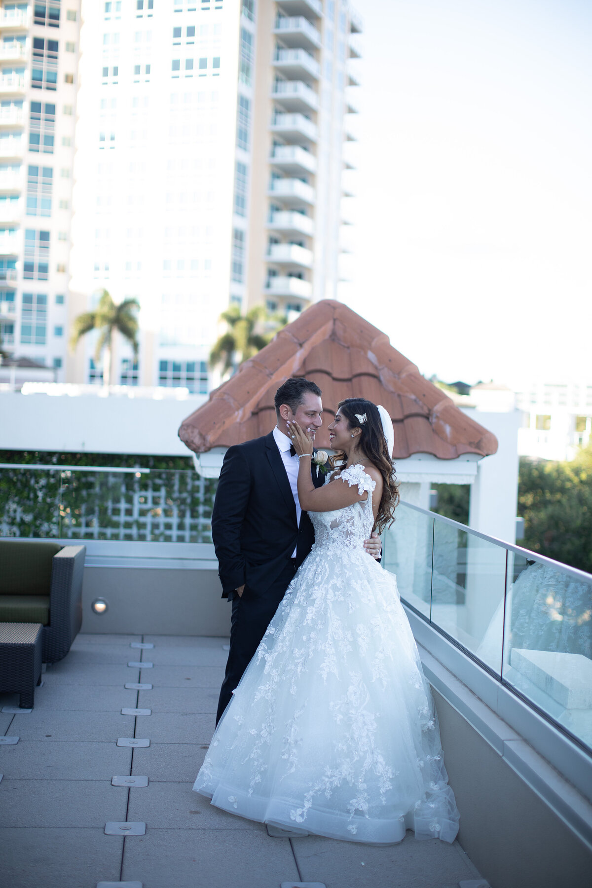 2018-Mandy-rich-Wedding-by-Djamel-Wedding-Photographer-596