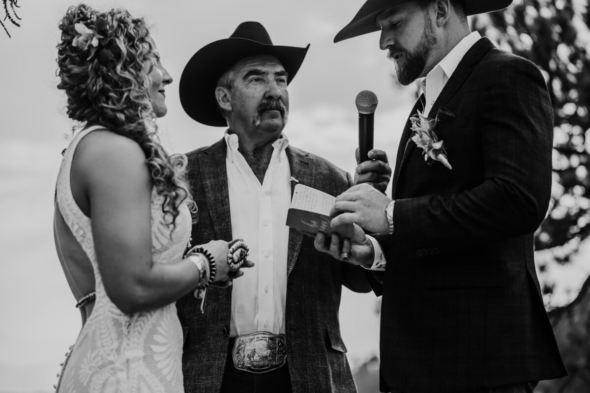 younger-ranch-wedding-Native-Roaming-Photography-57