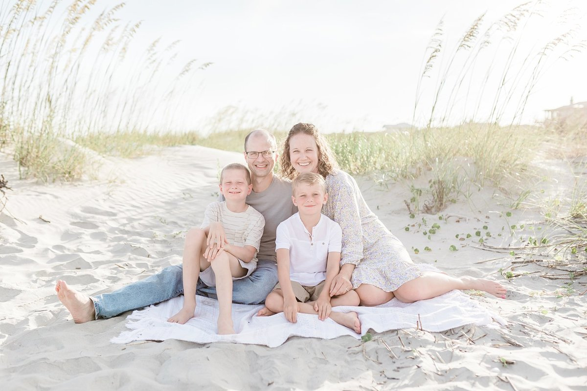 Charleston-Family-Photography-Extended-Beach-Session_0001