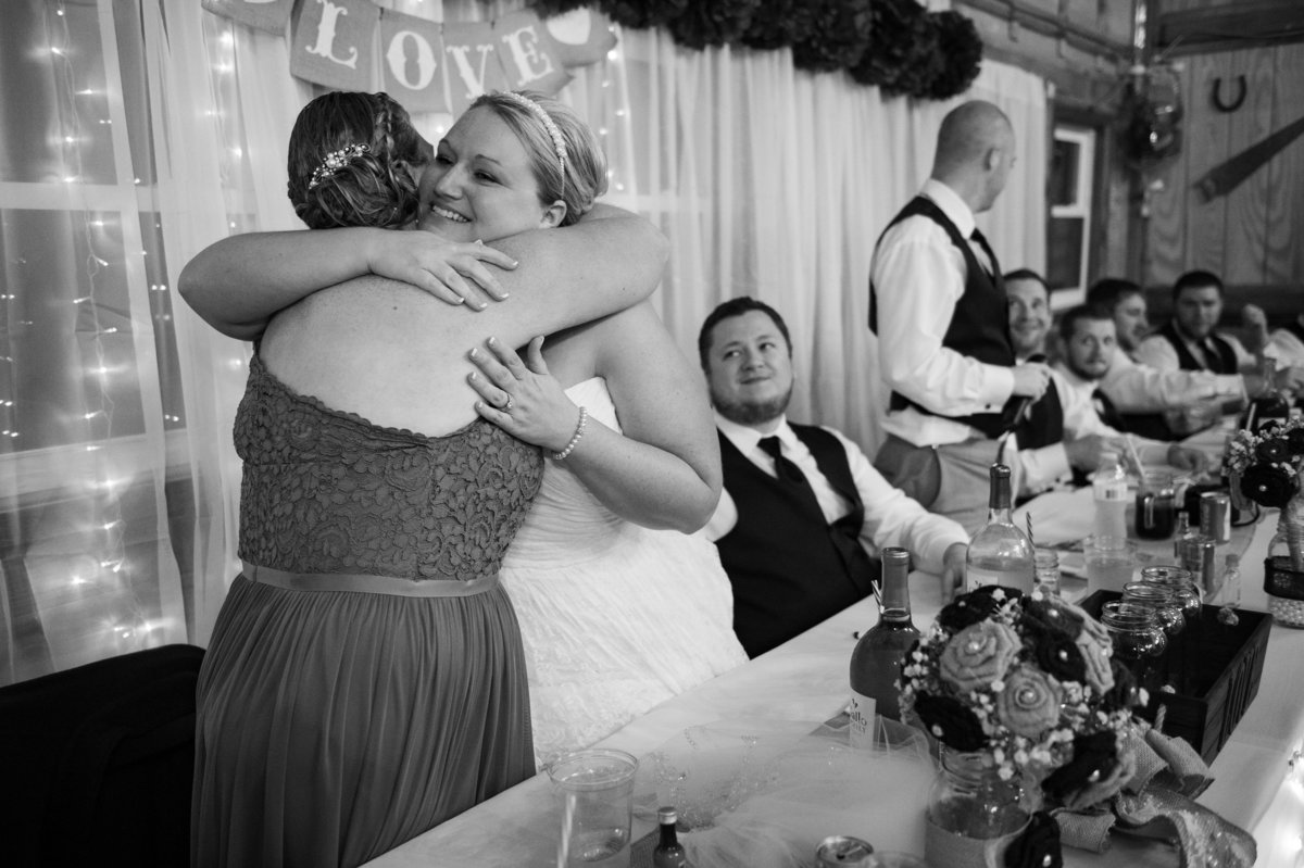 maid of honor toast hug