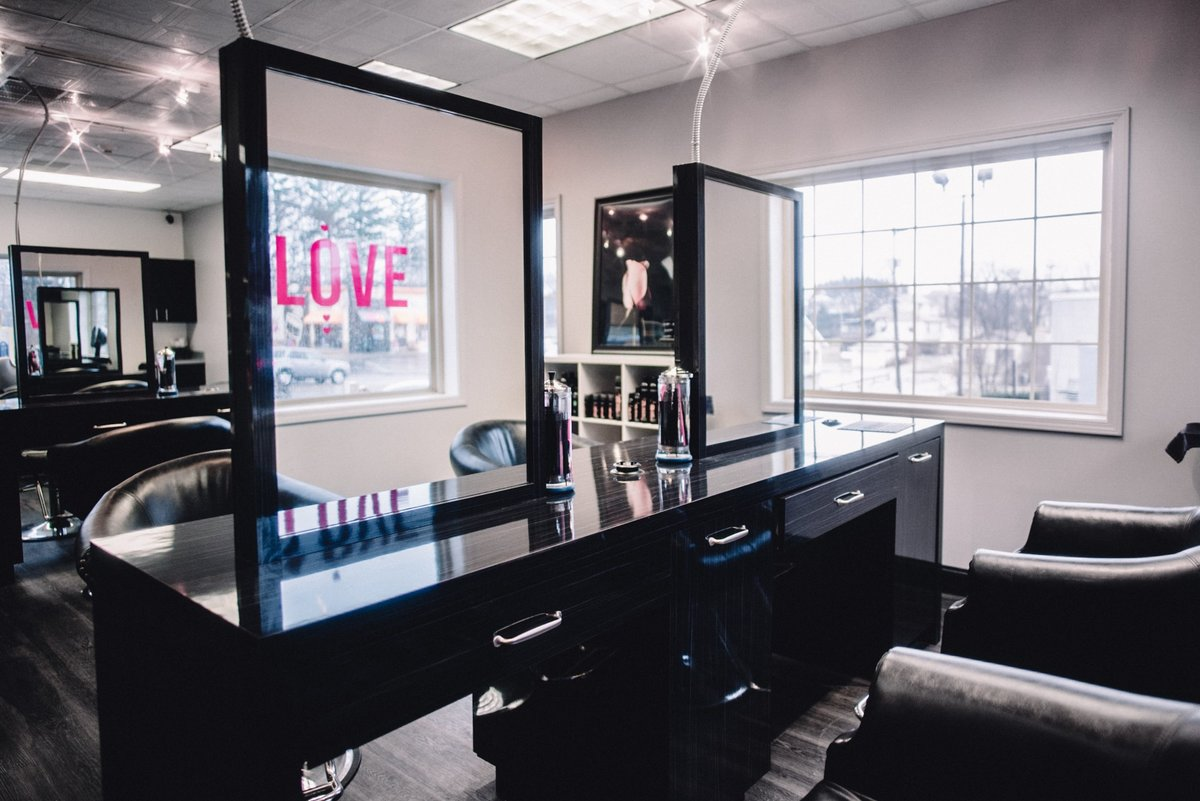 Hiring Salon Boutique
