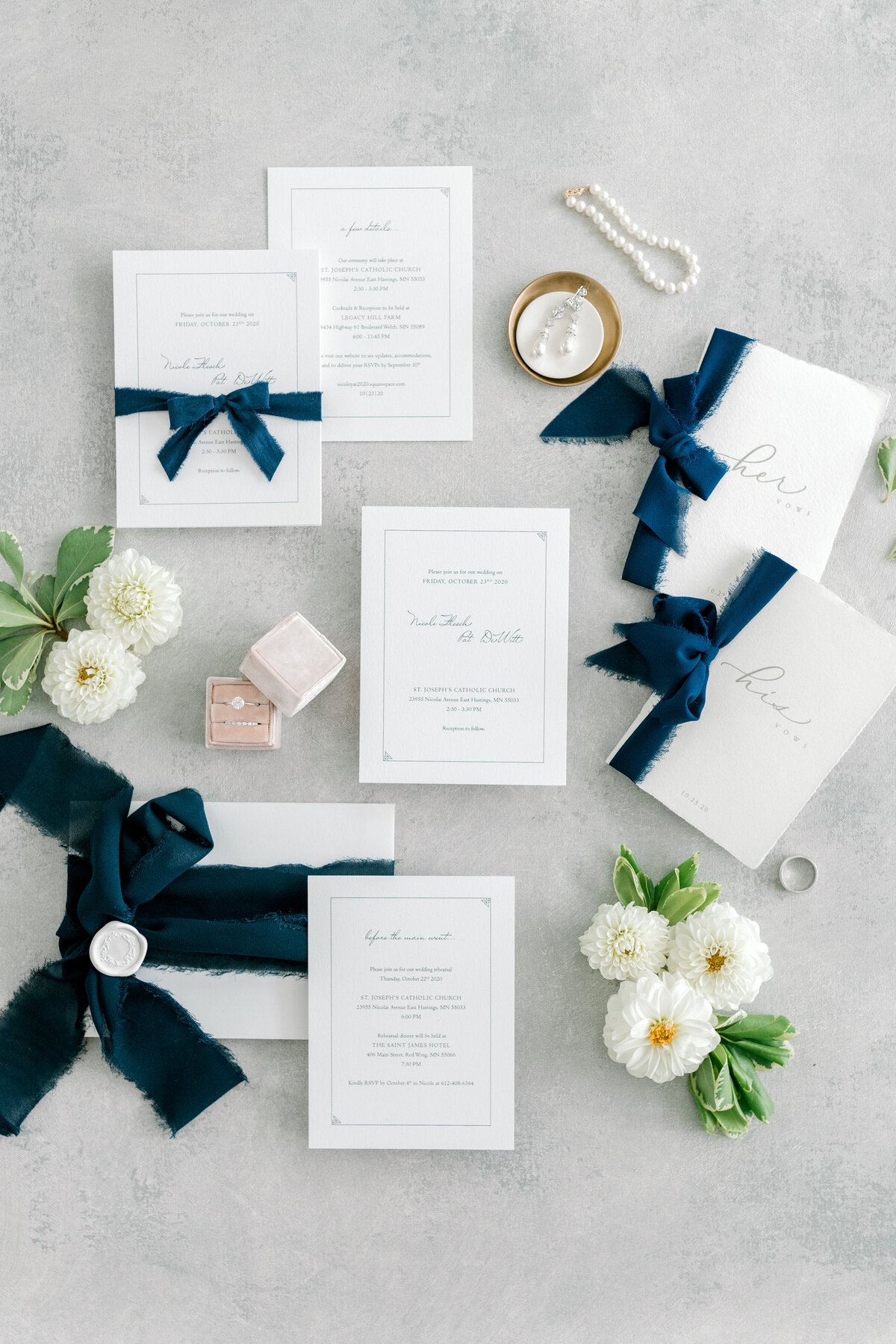Minnesota wedding photographer, Minneapolis wedding photographer, MN wedding photographer, MN photographer, Wedding stationery, flat lay detail photos
