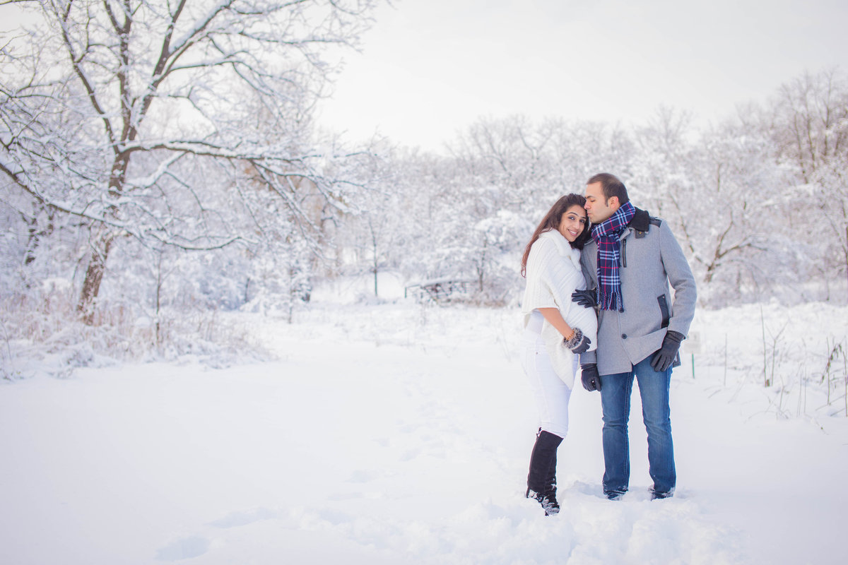 Maira Ochoa Photography - Chicago Snow day maternity session with spouse