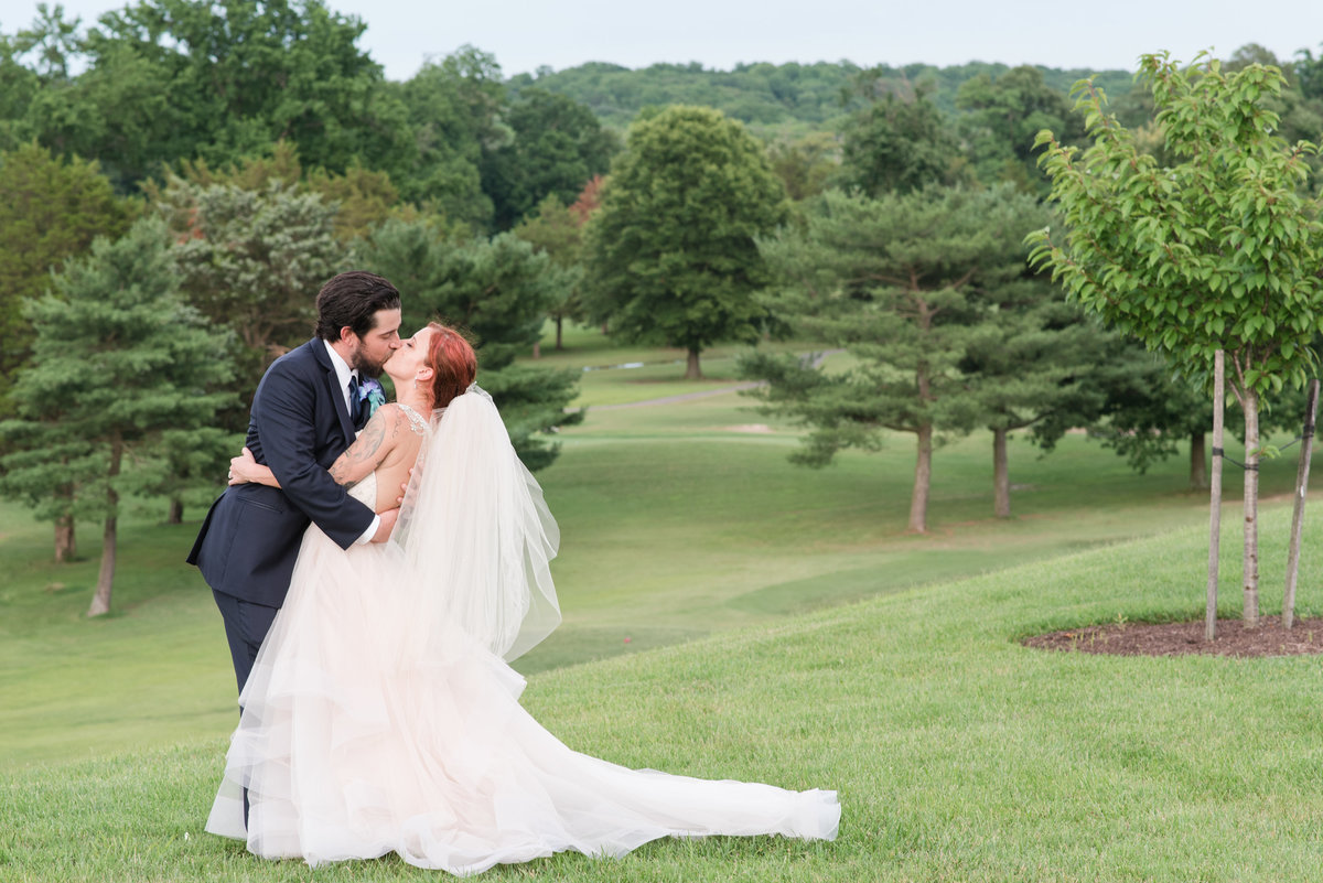 wyndham-virginia-crossings-wedding-pictures-in-richmond-va-553