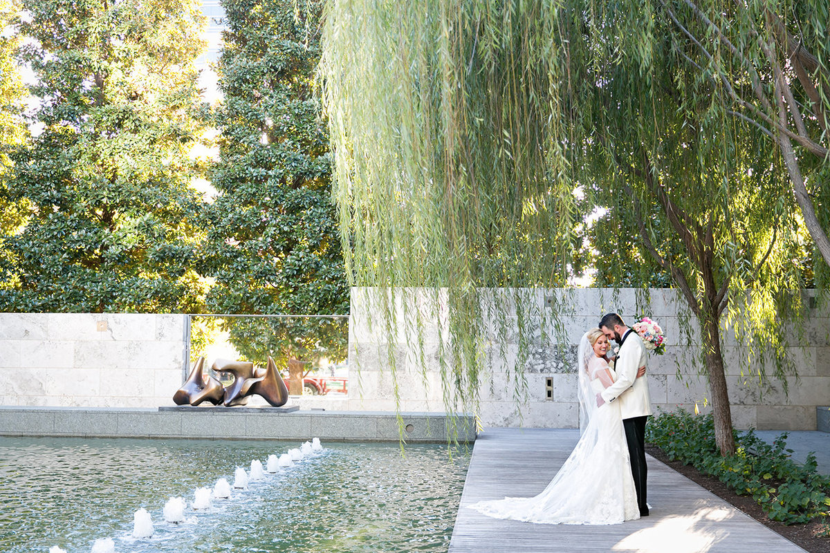 Wedding Planners in Dallas - A Stylish Soiree - Nasher Sculpture Garden - 00180