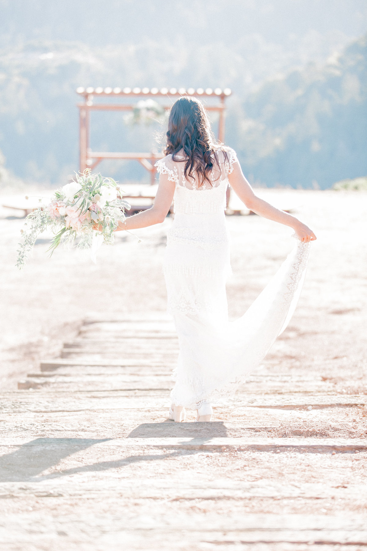 Flowing Wedding Dress Outdoor Wedding