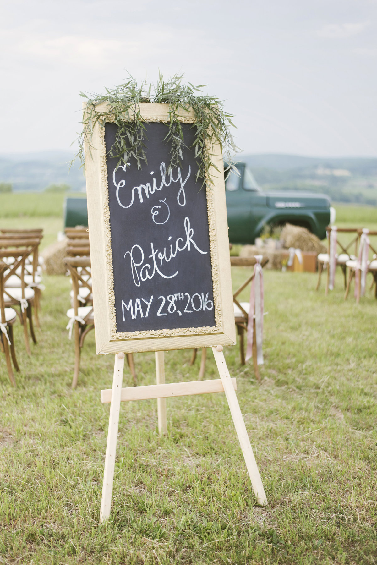 Monica-Relyea-Events-Alicia-King-Photography-Globe-Hill-Ronnybrook-Farm-Hudson-Valley-wedding-shoot-inspiration50