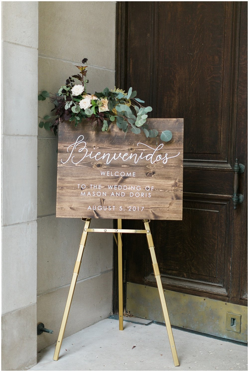 Summer-Mexican-Inspired-Gold-And-Floral-Crowne-Plaza-Indianapolis-Downtown-Union-Station-Wedding-Cory-Jackie-Wedding-Photographers-Jessica-Dum-Wedding-Coordination_photo___0011
