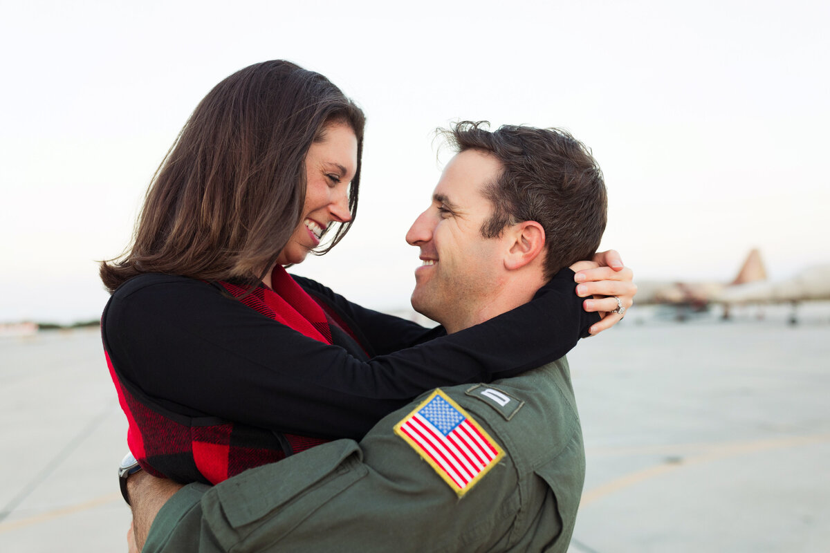 flight line-couples photos-southern pines-fayettevile-north carolina-family photographer