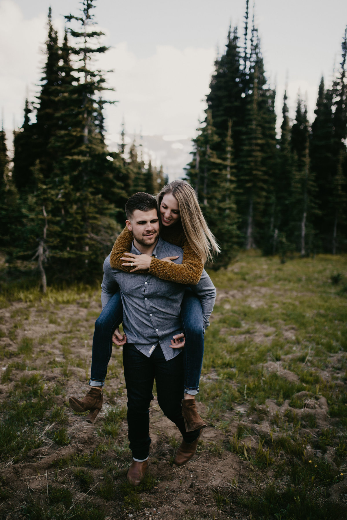 Marnie_Cornell_Photography_Engagement_Mount_Rainier_RK-131