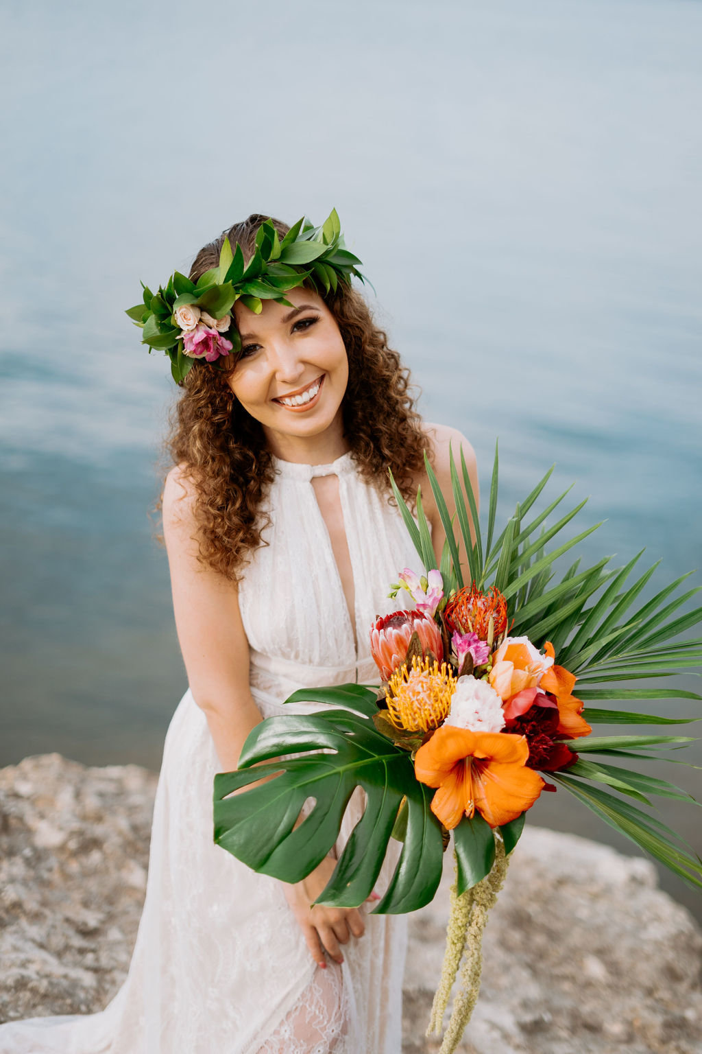 hawaii-adventurous-cliffside-elopement-wedding-photographer-27