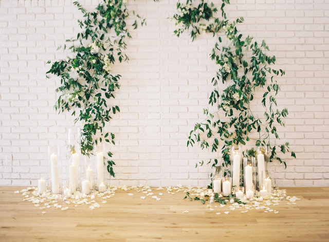 vinewall-wedding-ceremony-backdrop