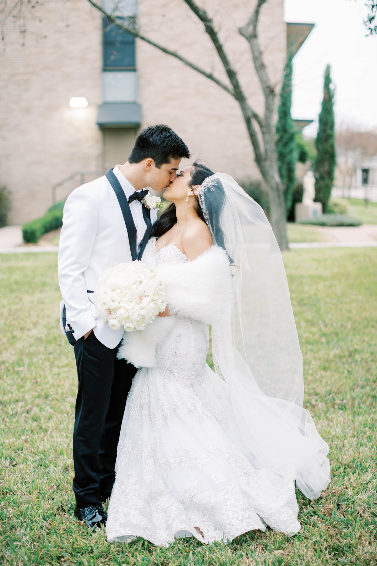 South Texas Wedding Photography | Jenny King Photography | Serving Victoria, Austin, San Antonio, Houston, Destinations