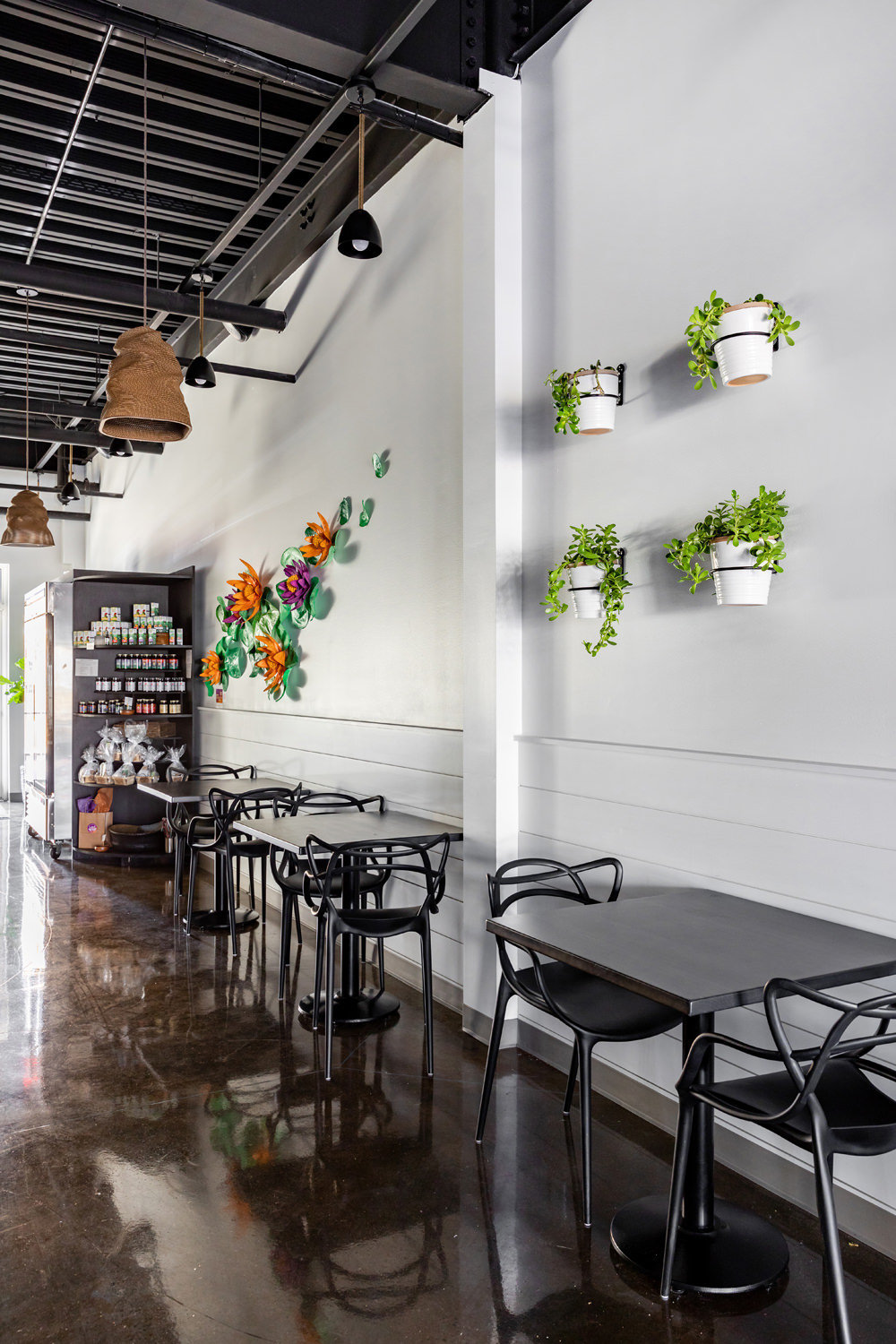 Dominique-DeLaney-Lotus-Soul-Juice-Bar-Wellness-Cafe-Design-8