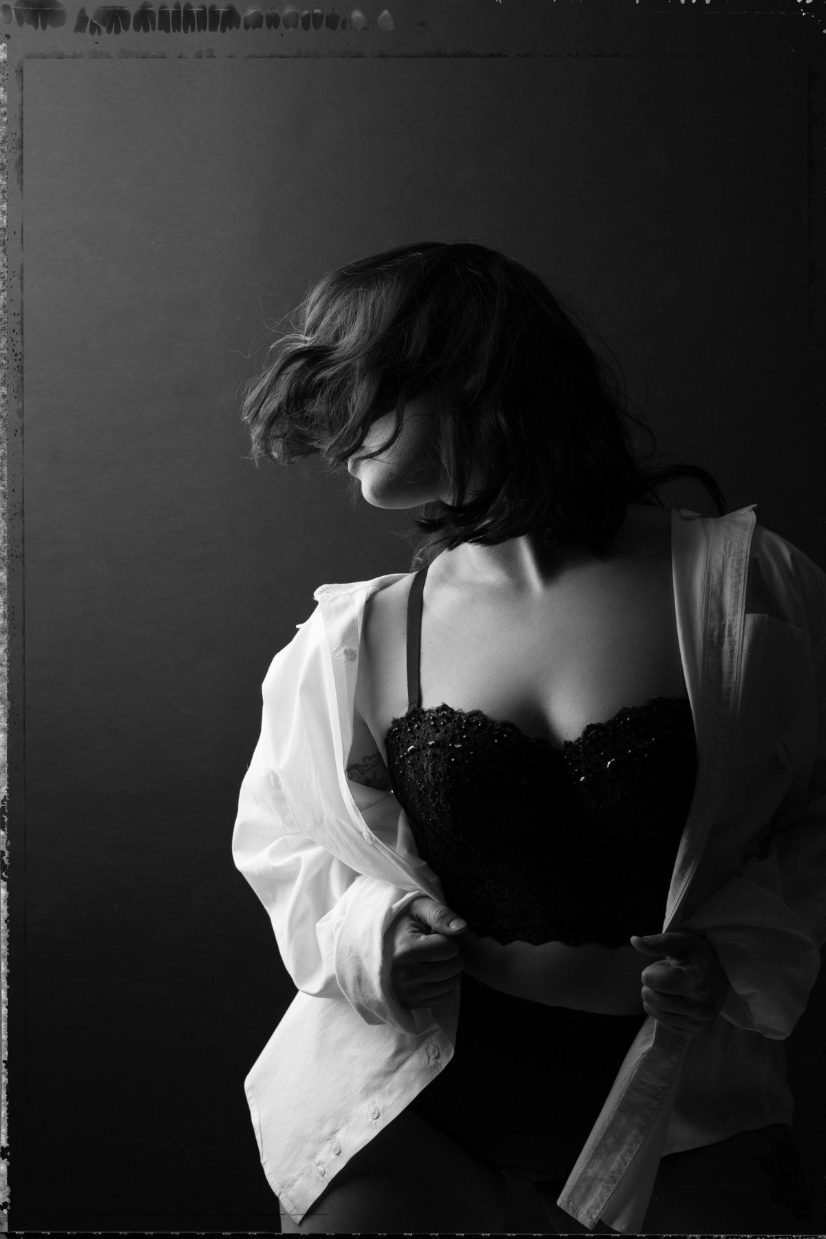 Felicia Reed Photograph-Austin Texas-Photographer-Boudoir-Black and White-Behind the Scenes