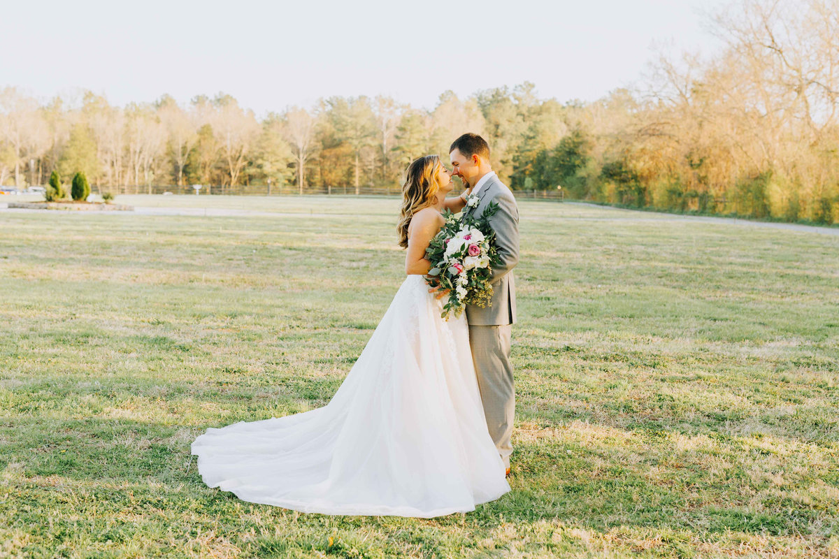 Waverly-Estate-Jacqueline-Waters-Photography-Wedding-Virginia-Zac-Heather-(1320)