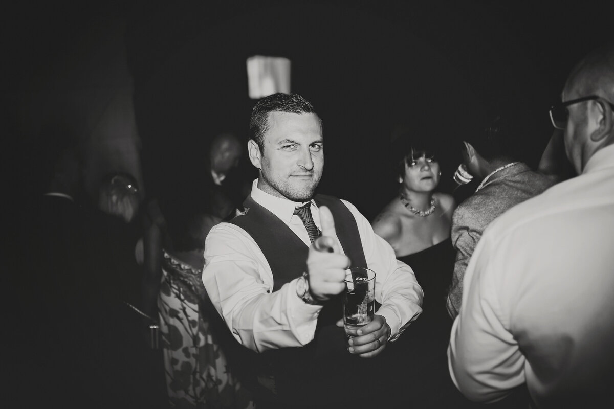GAYNES-PARK-BARN-WEDDING-ESSEX-0084