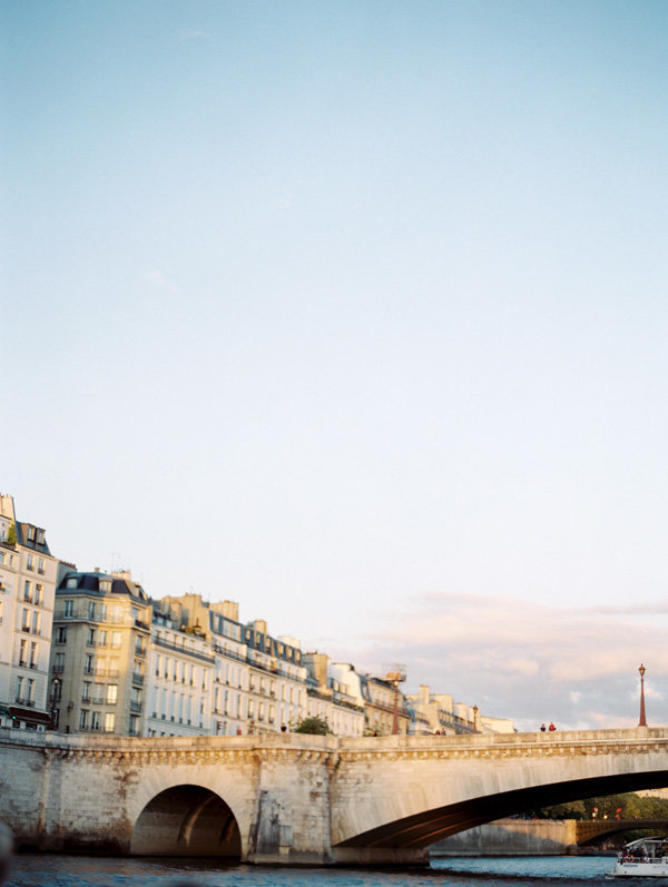 paris-destination-wedding-film-photographer