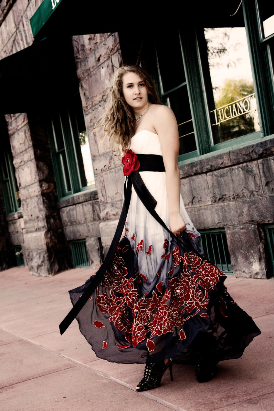 Sioux Falls senior photography South Dakota girl in prom dress
